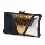 Клатч: сумка-кошелёк на гребне моды