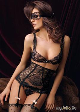Черное сексуальное белье