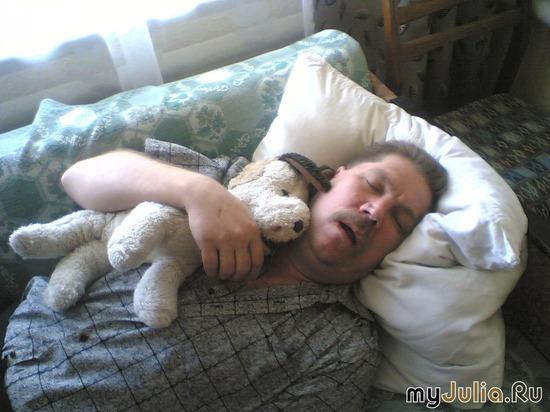 """""""Спят усталые игрушки...."""""""