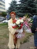 И расцветает, и замуж выходит!