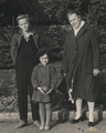 С бабушкой и кузеном, 1964 г.