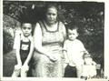 С бабушкой и братом, 1961 г.
