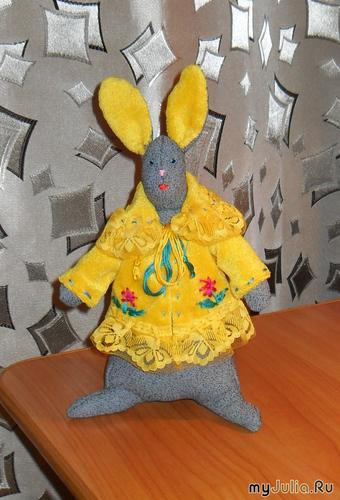 Заяц Тильда ( Мадам Брошкина )