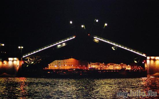 Ночь в Питере