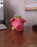 Свинка - бутылка.))