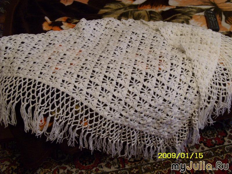 вяжите ажурным узором следующим образом: Читать полностью Метки: вязание для женщин, крючком, платок, шаль