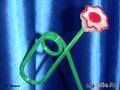 Цветок из красной редьки