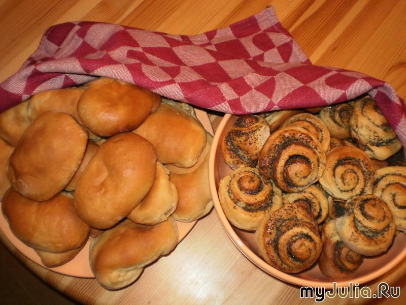 Булочки и пирожки из дрожжевого теста