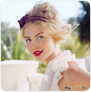 ...выглядеть прекрасно, и в связи с этим, к свадебному макияжу предъявляются высокие требования.