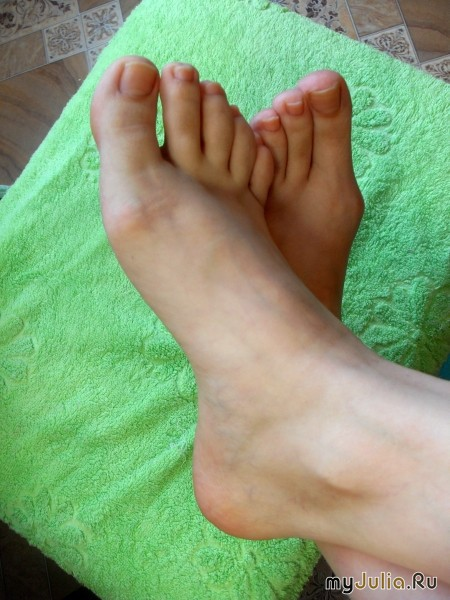частное фото стопы ног