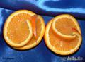 "Фигура из апельсина ""Лодка с парусами"""