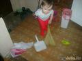 Помогу и бабушке по хозяйству