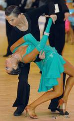 Танцы: Латина: Мамбо