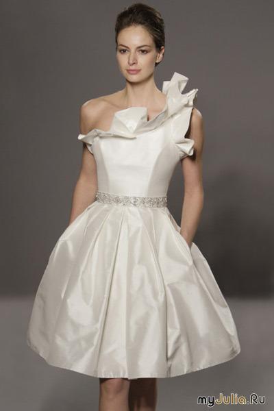 11.07.2012. пикселей.  Фото из галереи.  Короткие свадебные платья.