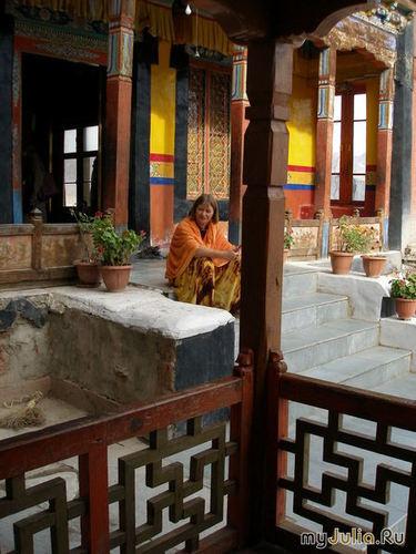 В монастыре Спитук в Малом Тибете