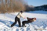 Танцы на снегу. (подруга легкая, держать нетрудно)