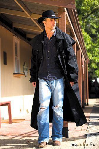 """Королевы моды """"- пошив мужского пальто."""