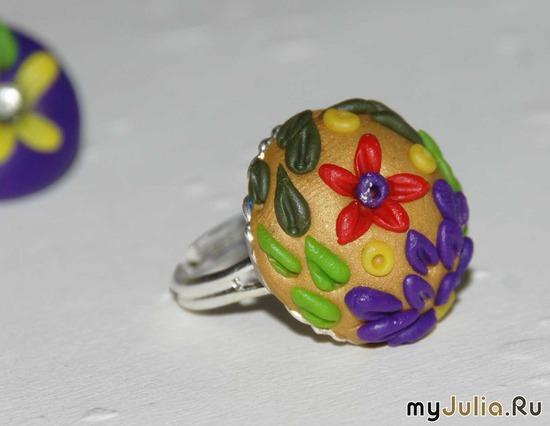 кольцо. мелкие цветы