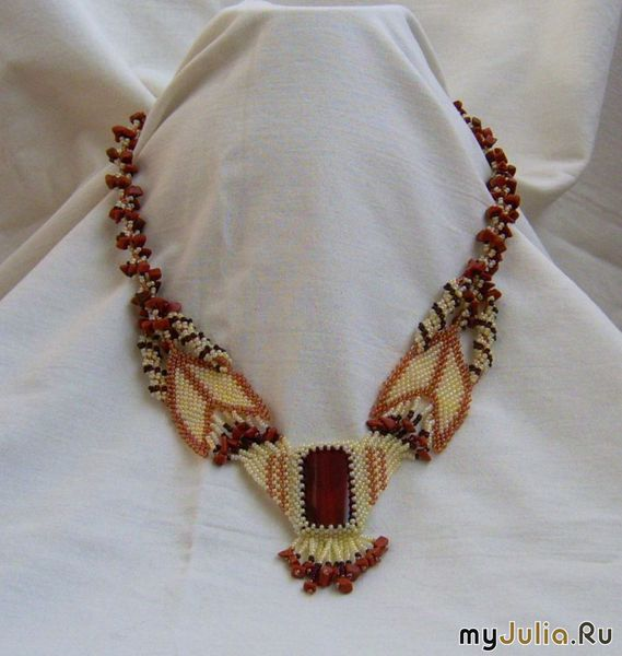 Оригинальные изделия из бисера и натуральных камней. .  Изделия можно посмотреть по адресу http...
