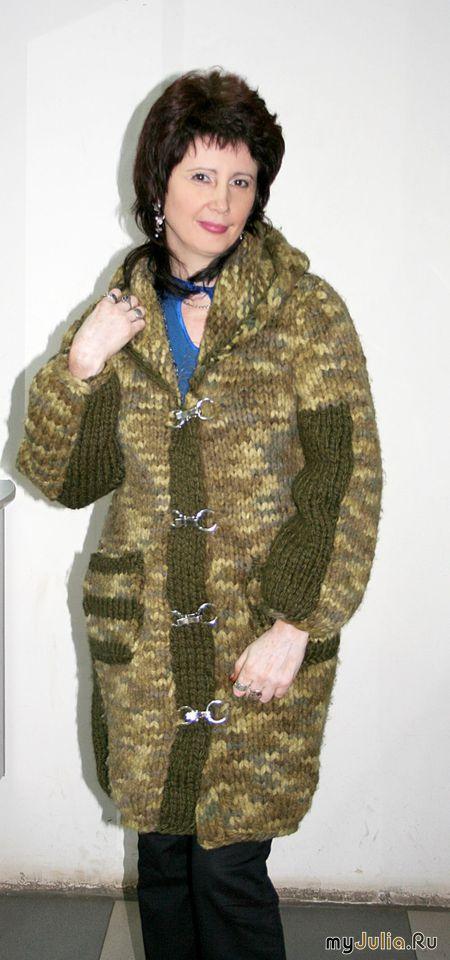 Вязание спицами пальто из меланжевой пряжи 34