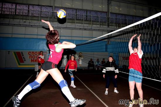Волейбольная атака с элементами полётов