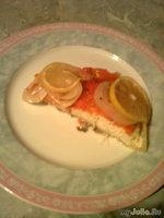 Запеченная рыба с помидорами и лимоном.