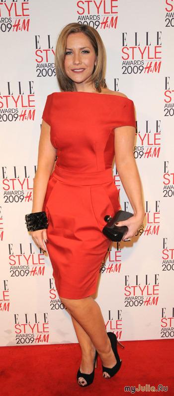 красное платье футляр (22 фотографий