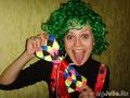Для клоуна важен хорошо подвешеный язык)))