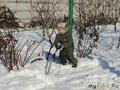 Снега навалило, надо бы дорожки почистить;)