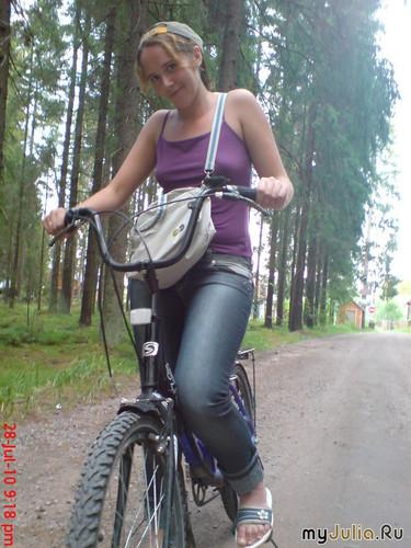 с детства люблю велосипед!!! =)
