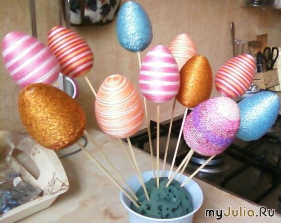 Украсить пенопластовое яйцо своими руками