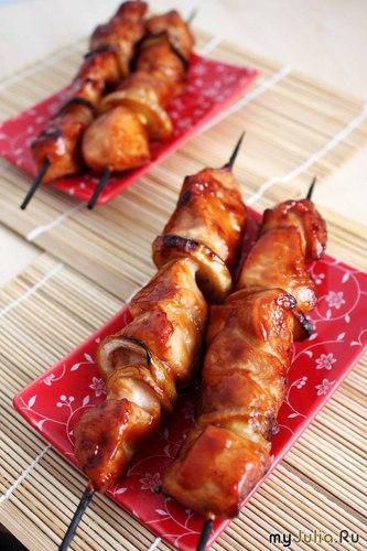 Якитори бутанику - куриные шашлычки на шпажках