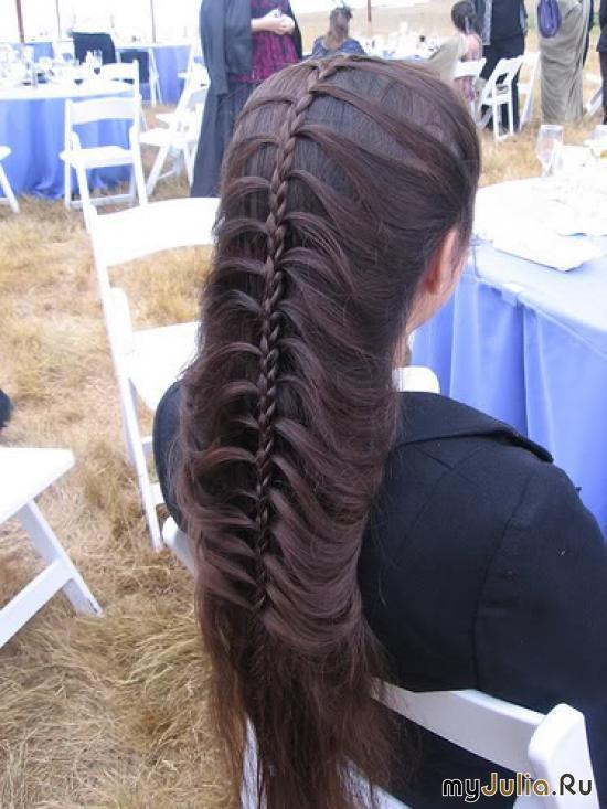 Как сделать интересные косички хвостики на волосах.