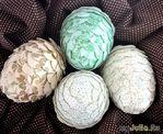 Поделки к Пасхе: декорированное бумагой яйцо
