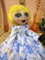 Девушка Голуба