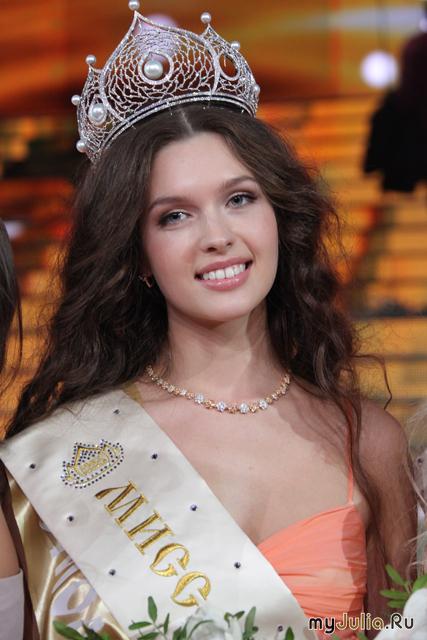 Смоленская красавица Елизавета Голованова. 2012