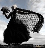 Черное свадебное платье - вызов обществу или последний писк моды?