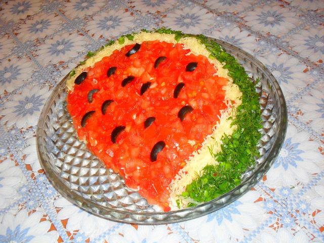 Рецепт салата арбузная долька с пошаговый