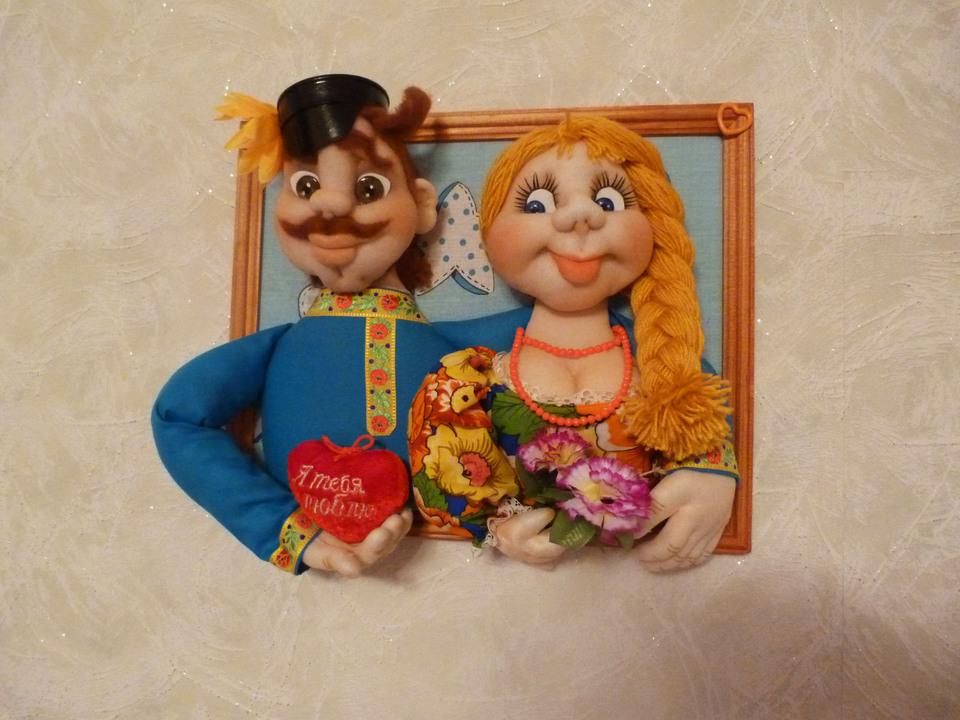 Панно из кукол своими руками 26