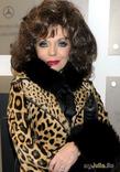 Джоан Коллинз в поисках любви…