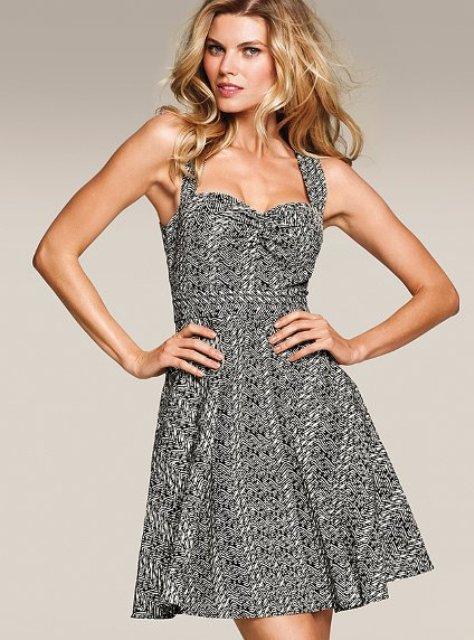 Модные тренды на офисные платья для женщин | FrauI - интернет