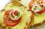 Горячие бутерброды с сыром и помидорами.