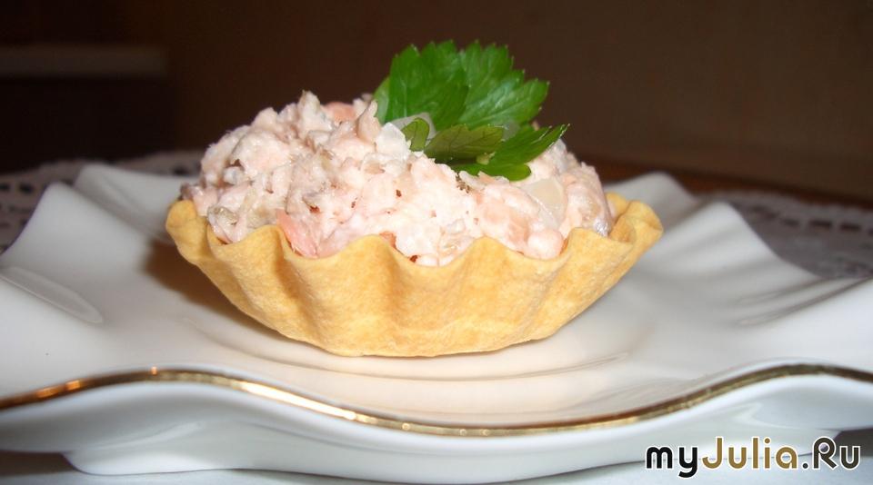 салат с рыбой горячего копчения рецепт с фото