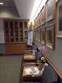 Небольшая библиотека для пришедших и больных