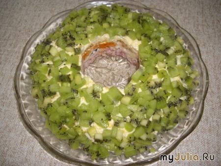 Рецепт шарлотки со сливами простой и вкусный