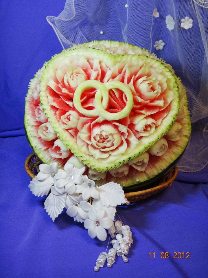 Карвинг на арбузах на свадьбу