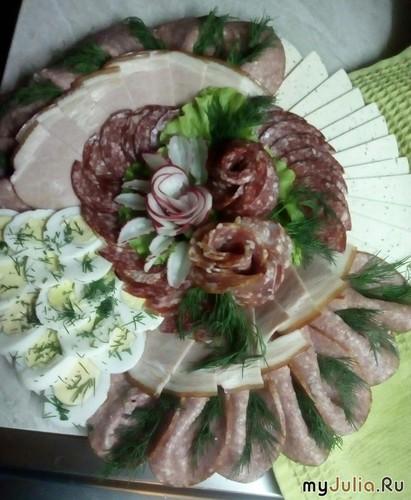 """Мясная тарелка """"Розы"""""""