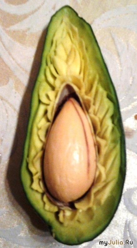 Авокадо - первый опыт (половинка №2)