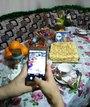 """Дочь фотогрофирует свой шедевр торт """"Наоплеон"""""""