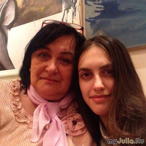 С дочкой Алёнкой.
